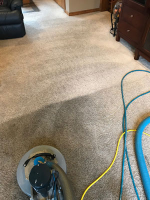 Carpet-Cleaning-Before-and-After2